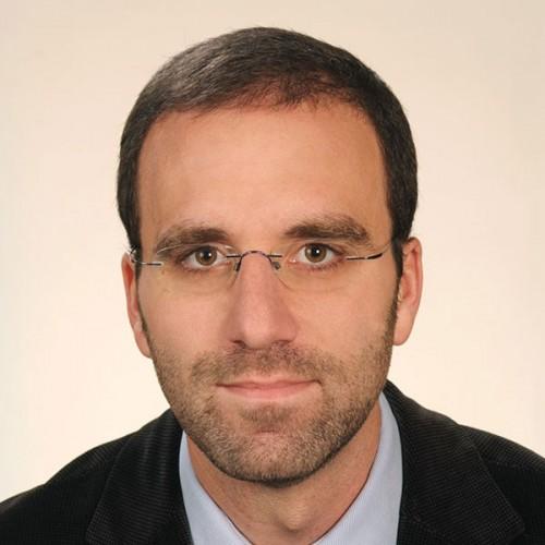 Sr. Guillermo Oliva Galván