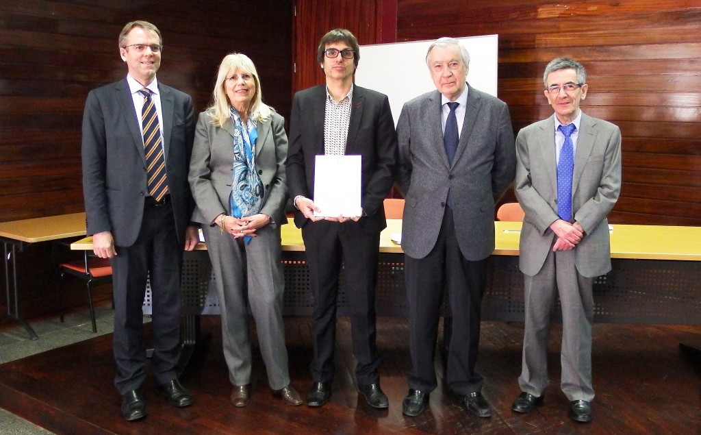 phd thesis jury members I defended my phd thesis titled ``some contributions to incidence geometry and polynomial method on 20th of december 2016 at ghent university my jury members were bart de bruyn (my phd supervisor), simeon ball, bruce cooperstein.