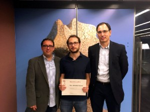 Vice-Dean for Research Raul Ramos, MSc student Gerard Domènech and MSc in Economics director Joan Calzada. / JR