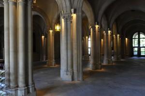 Pilars amb parelles de columnes
