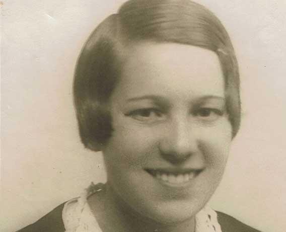 La arqueóloga Teresa Andrés hacia 1928