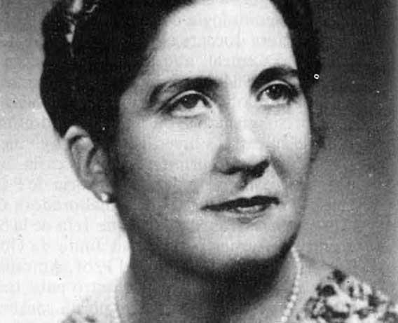 Josefa Menéndez Amor. Foto publicada por Perejón (1988). Procedencia del original desconocida.