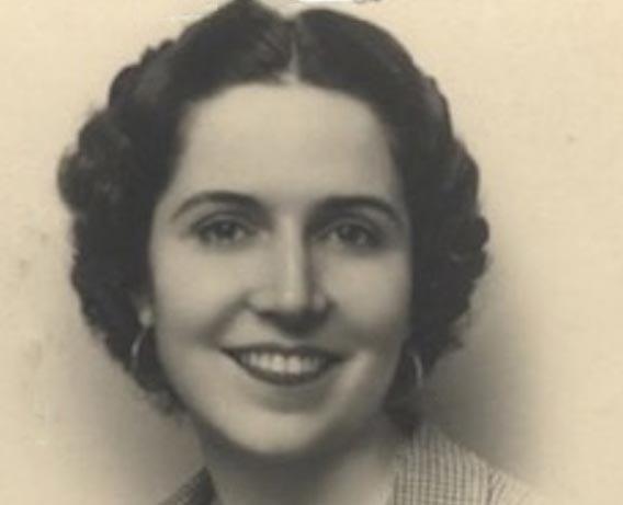 María Luisa Oliveros Rives