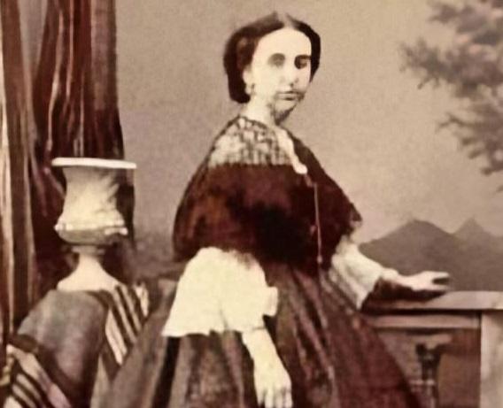 Retrato de la arqueóloga María Concepción Blasco Bosqued