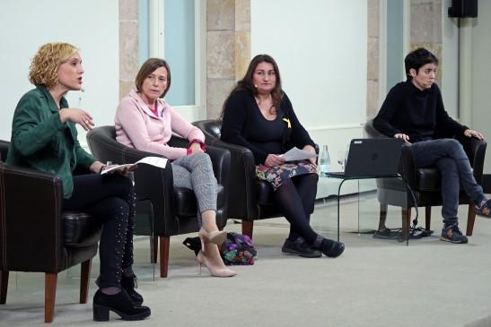 Participación en el acto en conmemoración del 25N en el Parlamento de Cataluña
