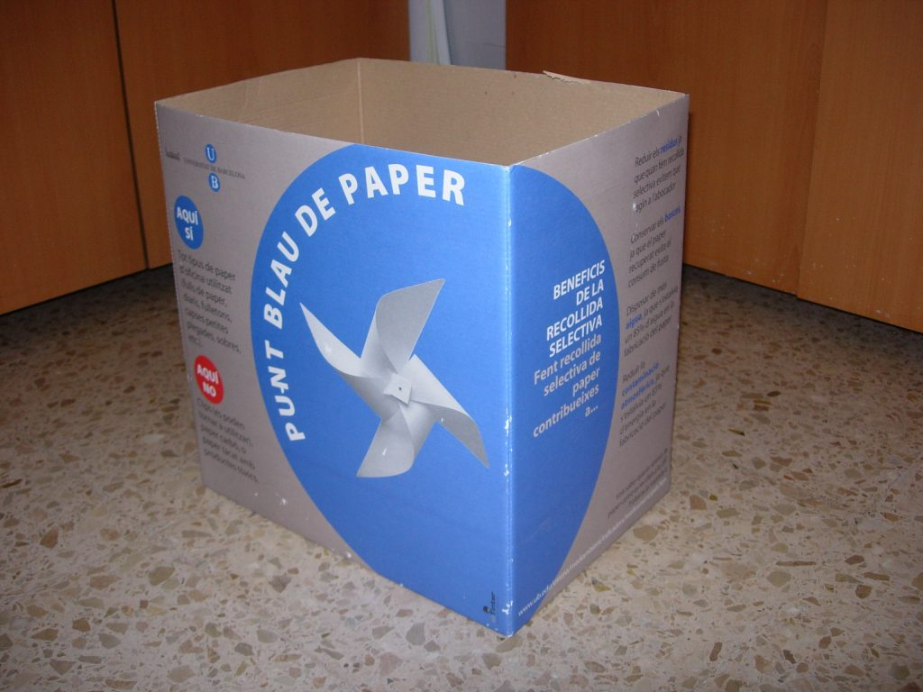 paperera de cartró de paper