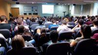 Assistents a la Jornada de Prevenció als Laboratoris de Recerca, a l'Aula Enric Casassas de la Facultat de Química