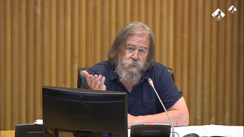 El investigador Daniel Raventós compartió sus opiniones sobre la Renta Básica Universal ante la Comisión de Reconstrucción Social y Económica del Congreso