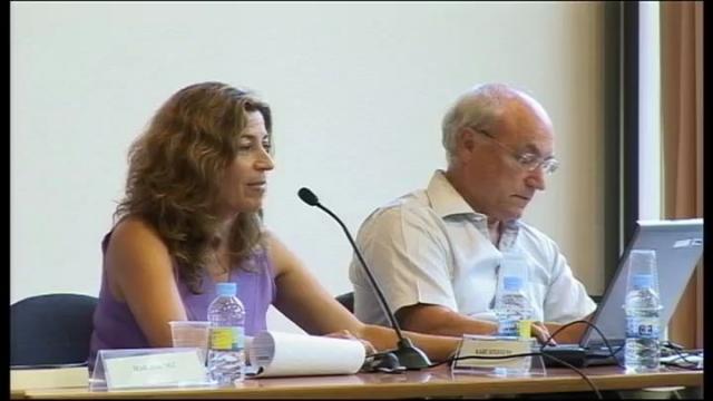 Mesa redonda: Modelos y políticas de formación permanente del profesorado en Europa. Situación actual y ...<br/>perspectivas de futuro