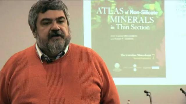 Acte de presentació del llibre 'Atlas of Non-Silicate Minerals in Thin Section'