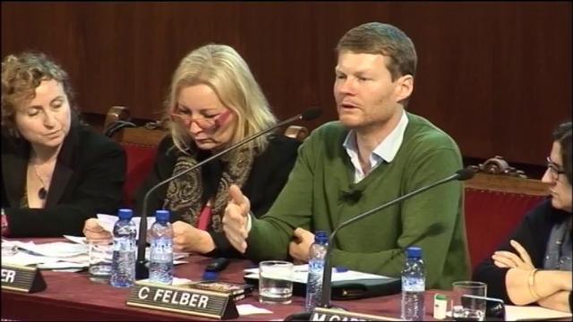 Conferència-col.loqui amb Christian Felber 'L'economia del bé comú: alternatives reals per a sortir de la ...<br/>crisi'