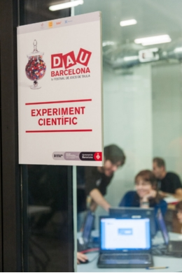 The experiment was carried out during the DAU Barcelona Board Games Festival, which took place in Barcelona's Fábrica de Creación Fabra i Coats in December 2012.