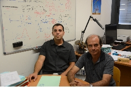 From left to right, Pablo Librado and Julio Rozas, from the University of Barcelona (UB) and the Biodiversity Research Institute of the University of Barcelona (IRBio).