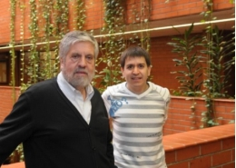 From left to right, the experts Adolfo de Sostoa and Alberto Maceda in the Faculty of Biology of the UB.