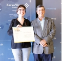 Belén Guàrner received the award by the president of the Vives Network and rector of the UMH, Jesús Pastor.- Student Belén Guàrner, chosen as best speaker in the Vives Network League of Debate